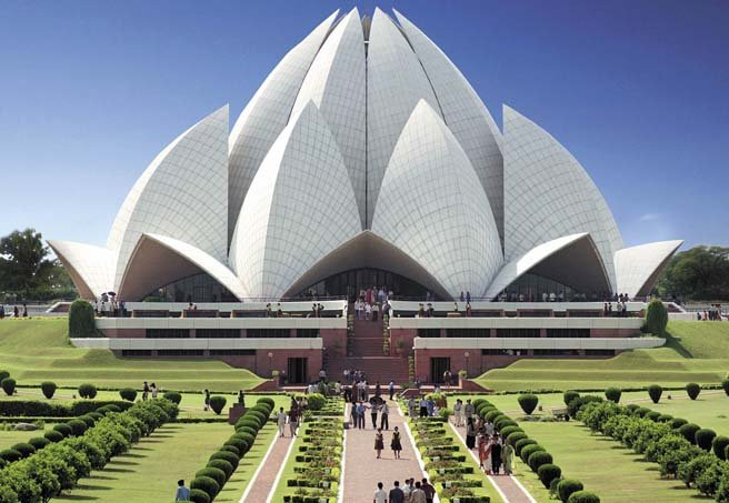 Delhi darshan city tour package by luxury bus
